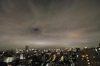 曇り夜空.jpg